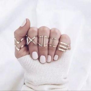 HILO ✨ 5 minimalist gold rings set chevron